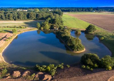Domaine de la Martinière - Vue aérienne de l'étang